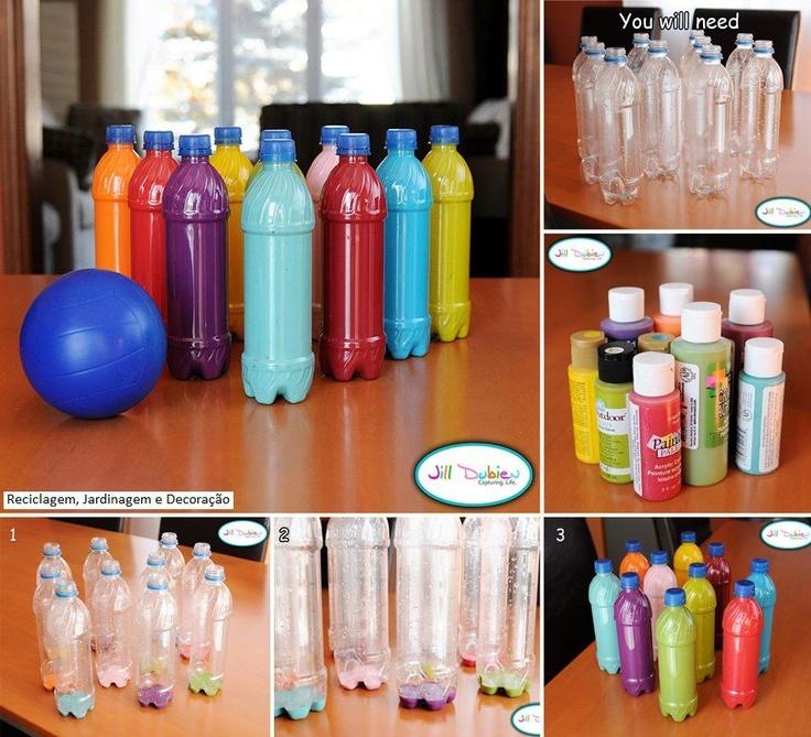 Bowling feito de garrafas PET...;)  Veja mais em http://www.comofazer.org: Plastic Bottle, Water Bottle, Idea, For Kids, Bowls Sets, Kids Crafts, Bottle Bowls, Sodas Bottle, Bowls Pin