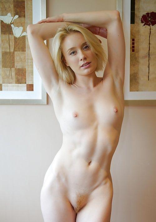 amature porn girl stomach scare