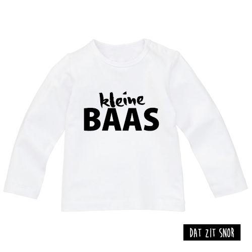 Baby shirt 'Kleine baas'. #shirt #baby #klein #baas #kleinebaas #zwartwit ***Dit product is door Studio Dat zit snor ontworpen en mag zonder toestemming niet gebruikt of gekopieerd worden (auteursrechtelijk beschermd)***