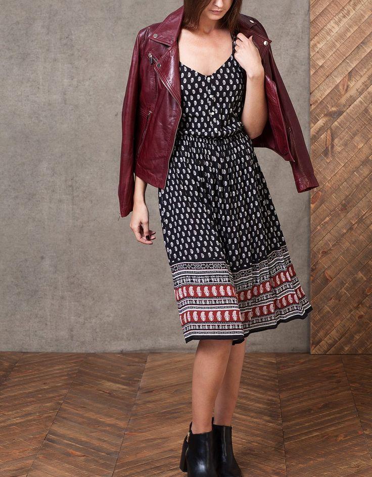 Μίντι φόρεμα με τύπωμα και κουμπιά