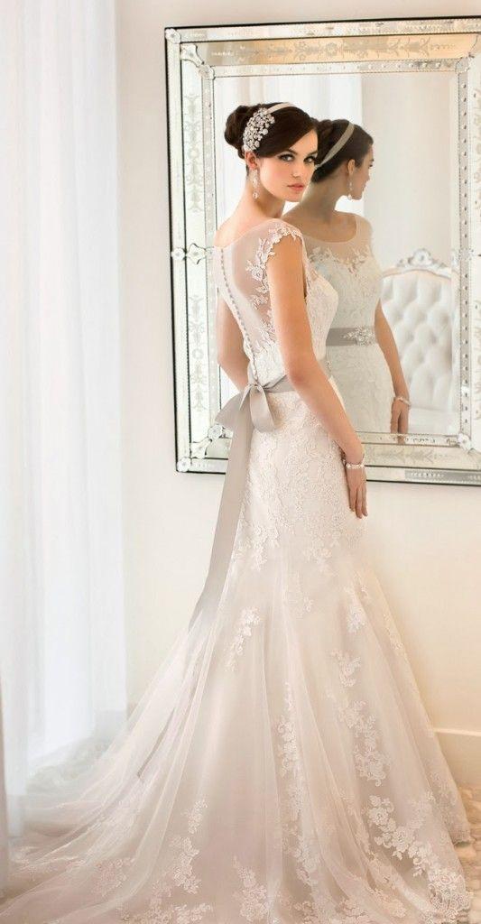 Koronkowe suknie ślubne.