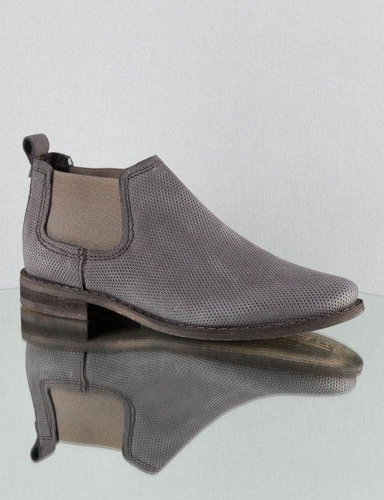 Chelsea Boots für Damen online bestellen   ZEITZEICHEN   Zeitzeichen   Outfits, Kleidung und mehr