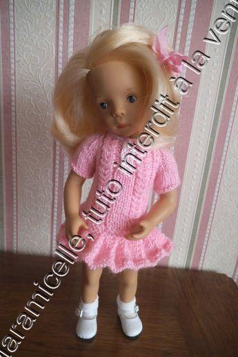 tuto gratuit poupée : robe taille basse plissée - http://laramicelle2210.overblog.com/2015/10/tuto-gratuit-poupee-robe-taille-basse-plissee.html