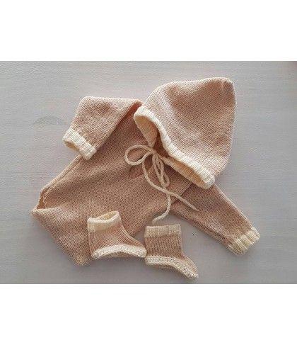 Newborn romper beige (nr7) Kleding / setjes