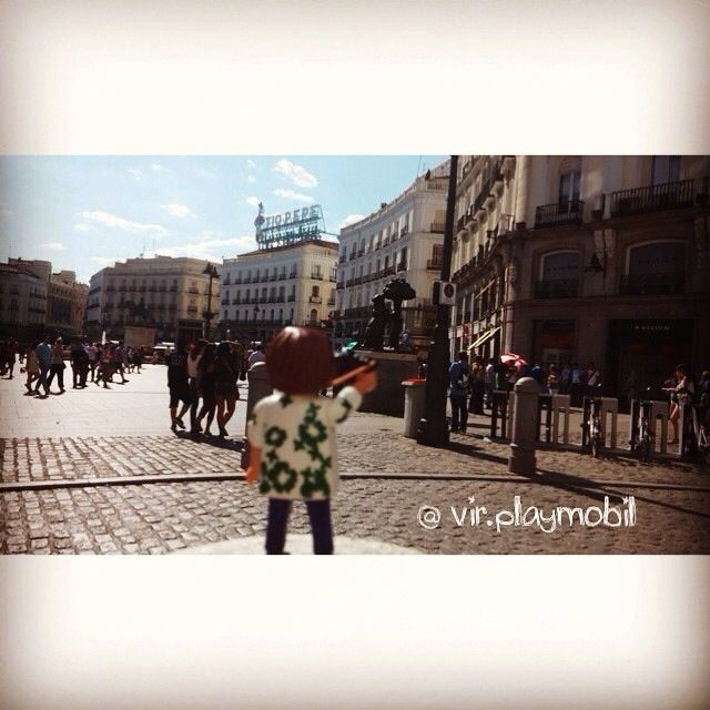 Tío Pepe & Oso y el Madroño #playmobilfigures #playmobillovers #playmobilporelmundo #playmobilespaña #famobil #clicks #iloveplaymo #playmo #playmobilfan #playmobilmania #iloveplaymo #playmobilcollectorclub #geobra #playmyplanet #iloveplaymo #playmobil #playmobile #playmobil #toys #spain #madrid #sol