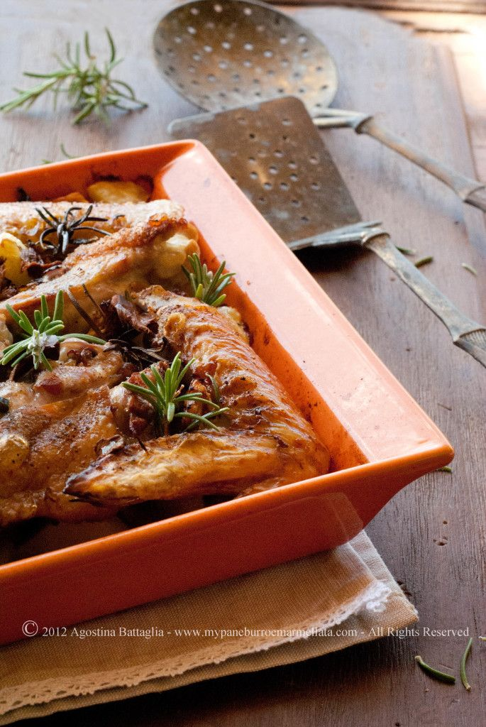 #delicious #chicken wings with #mushrooms and #potatoes ...you've to try them! ^_^| http://www.mypaneburroemarmellata.com/2012/10/alette-di-pollo-con-funghi-e-patatine.html