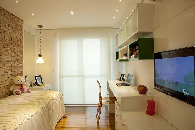 Apartamento Tendence Campo Belo II (Duplex 300 m²) / Patricia Kolanian Pasquini @kolanianpasquin #suite #quarto #tijolo #nicho #bedroom #kids #wall #bricks #niche #lighting #decor