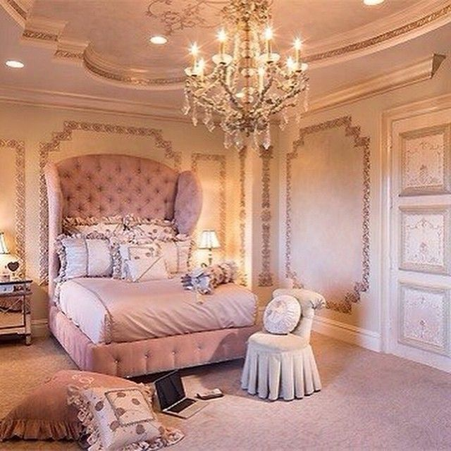 20 Romantic Bedroom Ideas In A Stylish Collection: BEDROOM Спальня: A Collection Of Design Ideas To Try