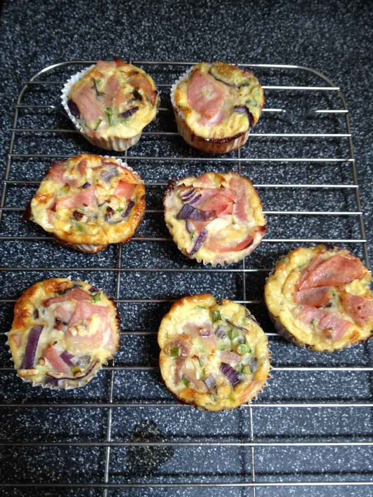 Mini breakfast frittatas. #egg #ham #mushroom #springonions #chives #peppers