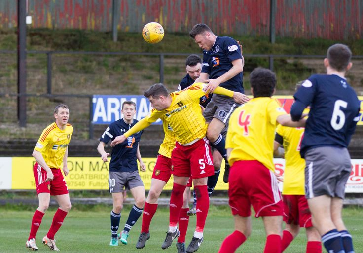 Queen's Park's Adam Cummins in action during the SPFL League One game between Albion Rovers and Queen's Park.