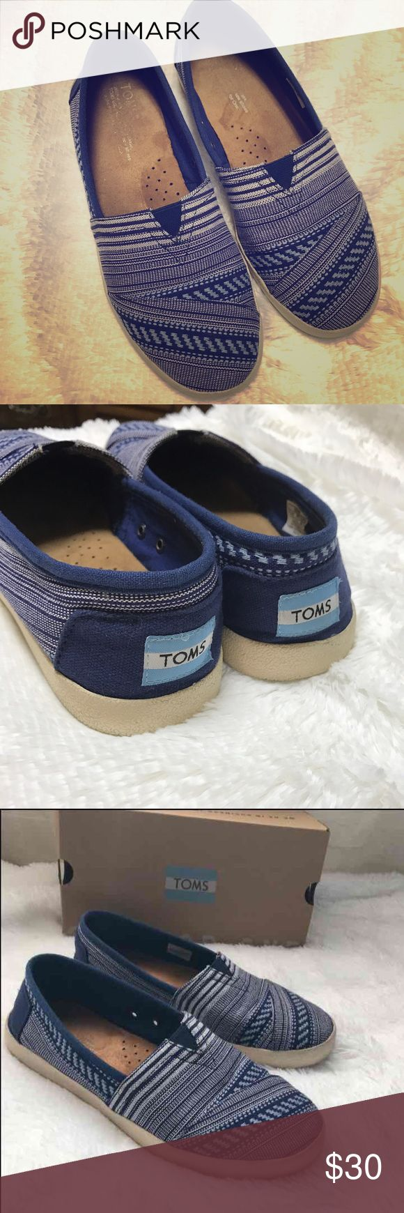 Toms Avalon Sneaker size 7 Toms Avalon Sneaker  Ink tribal woven. Just used them a cuple of times. TOMS Shoes Sneakers
