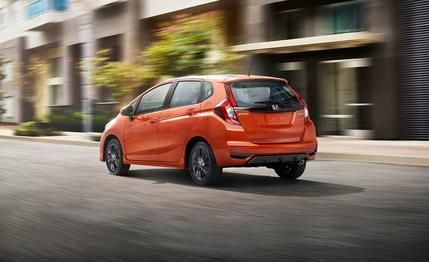 2018 Honda Fit Hatchback Photos and Info | News | Car and Driver