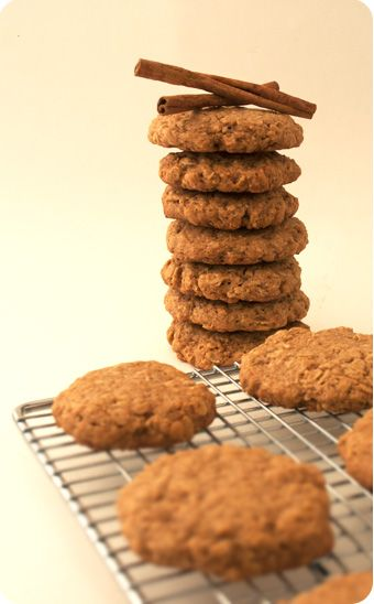 Maple Cinnamon Oatmeal Cookies | Holiday Recipes | Pinterest