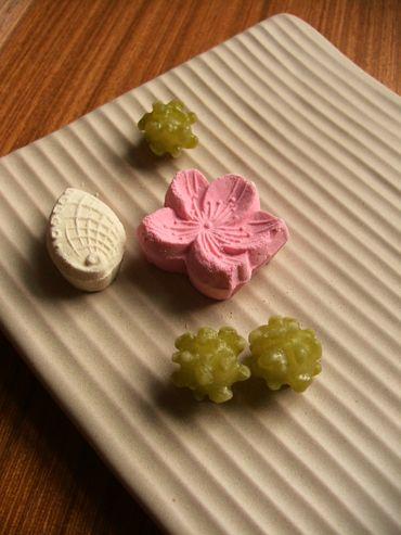 higashi / 干菓子