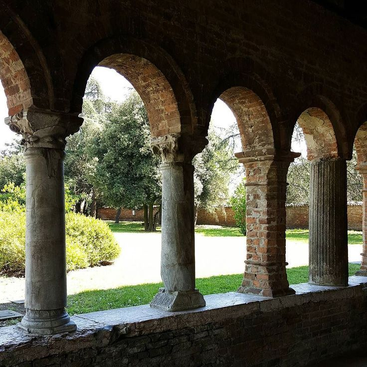 {Senza ordine di continuità} Pomposa 25/04/2016 #italia #italy #abbey #ig_emiliaromagna #igersferrara #ig_ferrara #igersitalia #vivoemiliaromagna #loves_emiliaromagna #vivo_italia #vivoferrara #rsa_architecture #folkitaly #igersemiliaromagna #lookingforaframe #ig_sharepoint #italian_places #huntgramitaly #_scattomattoitalia_ #communityfirst #livefolk #ig_italia #volgoemiliaromagna #volgoferrara #ig_italy #instaitalia #exklusive_shot #whatitalyis #ig_masters #ig_worldclub by federico_controni