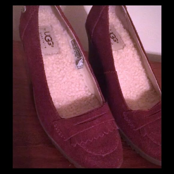 ⚡️SALE⚡️UGG Australia Suede Wedge Loafer. Like new UGG deep red oxblood suede & sheepskin loafers. Super comfy!  Exceptional, like new condition. UGG Shoes Wedges