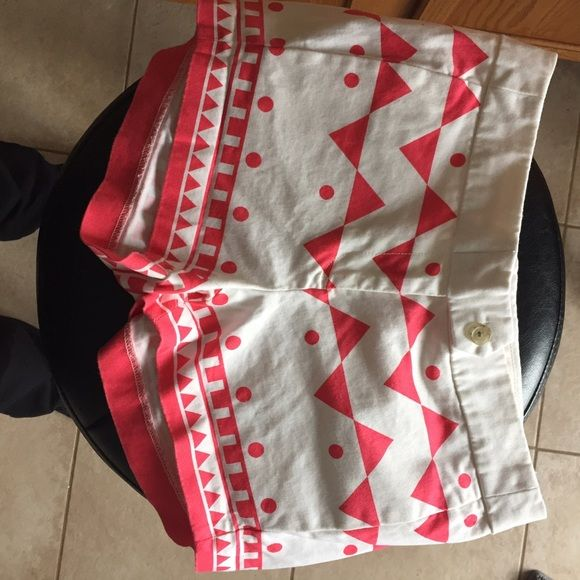 J crew tribal shorts J crew tribal shorts size 0. In EUC just too small for me. They are coral and white. These are perfect for spring and summer! J. Crew Shorts