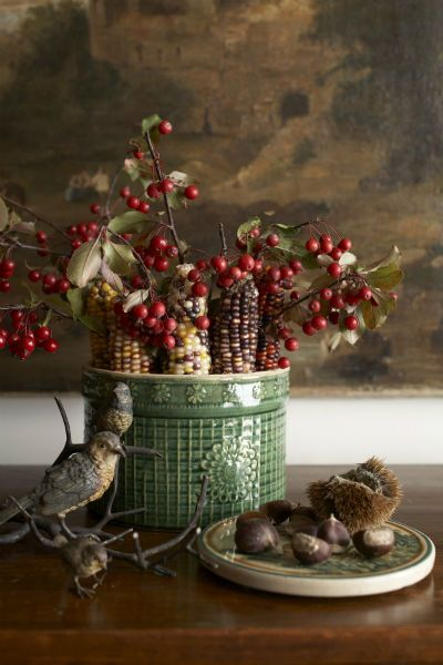 Decorating for Late Fall | New England Home Magazine