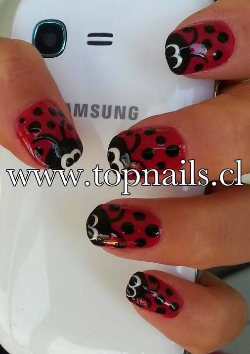 """Uñas acrílicas decoradas con esmalte """"Chinita"""" www.topnails.cl FONO: 94243426"""