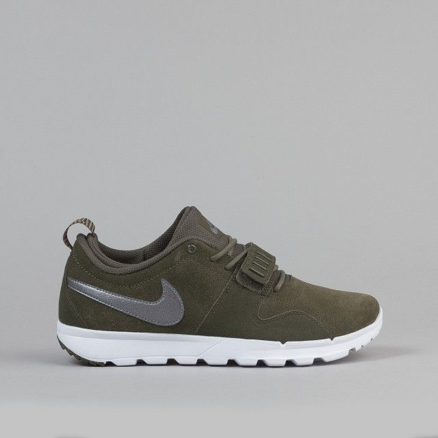 Nike SB Trainerendor Shoes - Cargo Khaki Metallic Cool Grey-White-White   20ea0aa80da