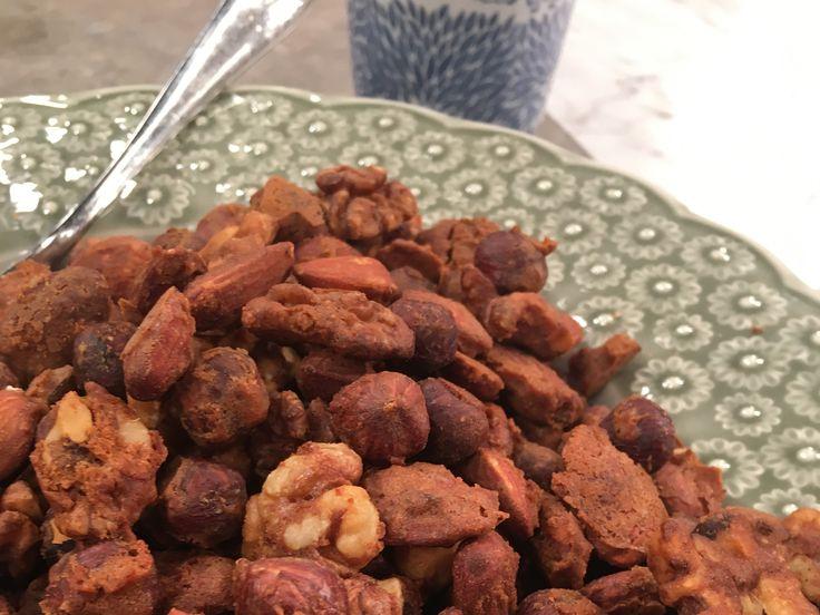 Rostade pepparkaksnötter med chili och salt   Recept från Köket.se