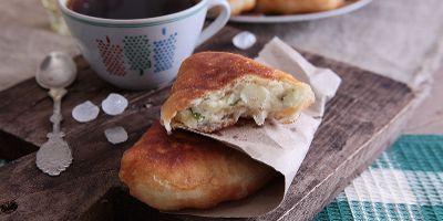 Быстрые жареные пирожки с картошкой из кондитерской муки | Булочки и пирожки