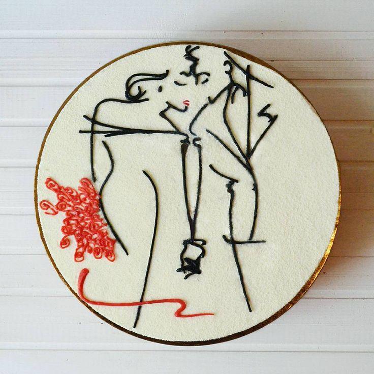 Морнинг!😊 Прекрасных вам выходных!))) Внутри этого торта - ванильные бисквиты, клубничное желе, клубничный мусс, мусс с маскарпоне.  Рисунок сделан шоколадом. Конечно, художник во мне умер, так и не родившись, так что строго не судите😆 Автор этого рисунка - чудесный и любимый мной Ty Wilson. Рада, что все-таки сделала этот декор, хоть и с косяками🙈🙈🙈