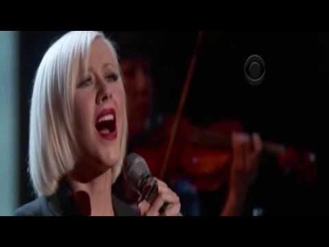 Christina Aguilera - Lift Me Up (Hope for Haiti Now) HQ sound