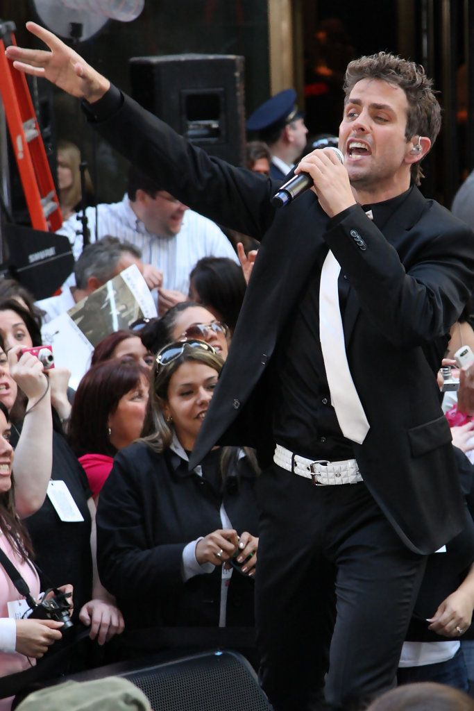"Joey McIntyre Photos Photos - Singer Joey McIntyre of New Kids On The Block performs on NBC's ""Today"" show at Rockefeller Center on May 8, 2009 in New York City. (Photo by Bryan Bedder/Getty Images) * Local Caption * Joey McIntyre - New Kids On The Block Performs On NBC's ""Today"""