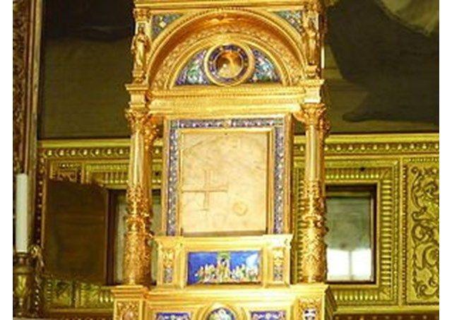 A sokółkai eucharisztikus csoda: az ostya egy haldokló férfi szívszövetét tartalmazza - Vatikáni Rádió
