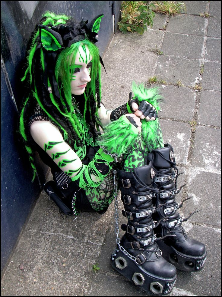 Cyber Goth - Feline Fluorescence Syndrome by ~IztaJupiter on deviantART