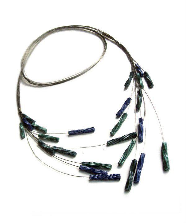FRUCCI DESIGN-paper jewelry by Francesca Vitali - capelli necklace