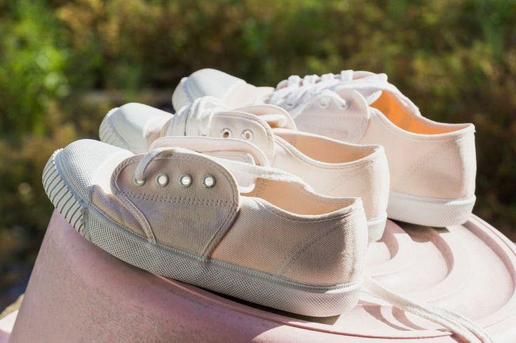 8 trucos para eliminar el mal olor de los zapatos