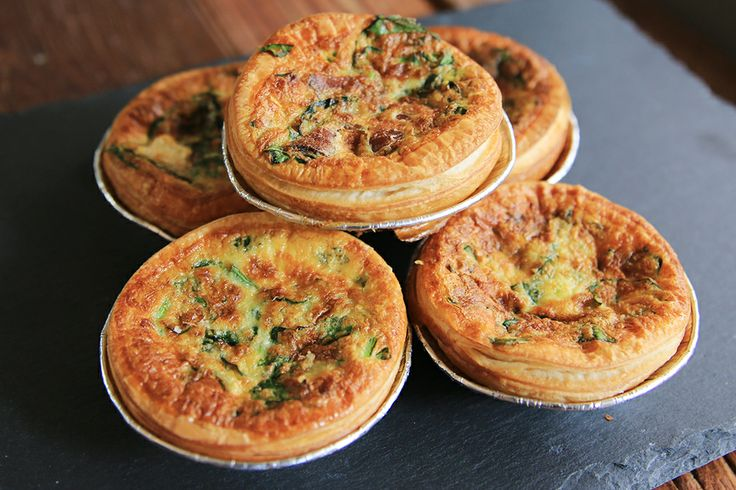 Mini Quiche Spinach  Bacon