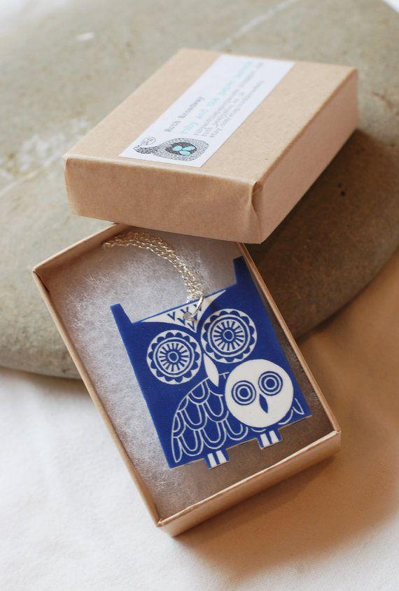 Collier chouette bleu par ruthbroadway sur Etsy, £15.00