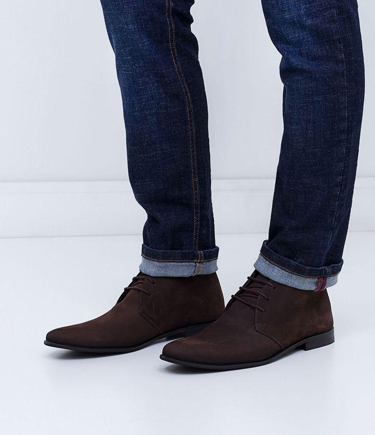 Bota masculina  Cano médio  Nobuck  Com cadarço  Marca: Satinato Genuine  Material: Sintético       COLEÇÃO INVERNO 2016     Veja outras opções de    botas masculinas.