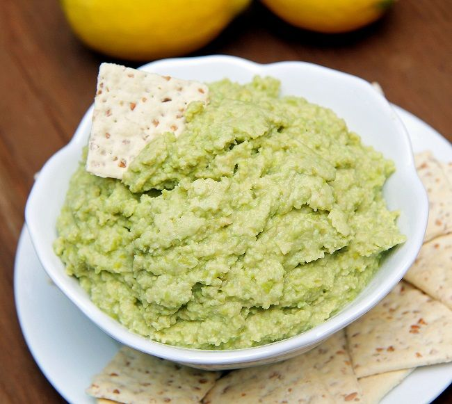 Lemon edamame hummus | when health is yummy | Pinterest