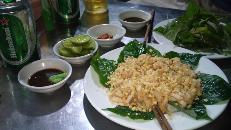Gỏi cá đục / Vietnamese sashimi (sliced raw fish dish with wasabi and soy sauce)