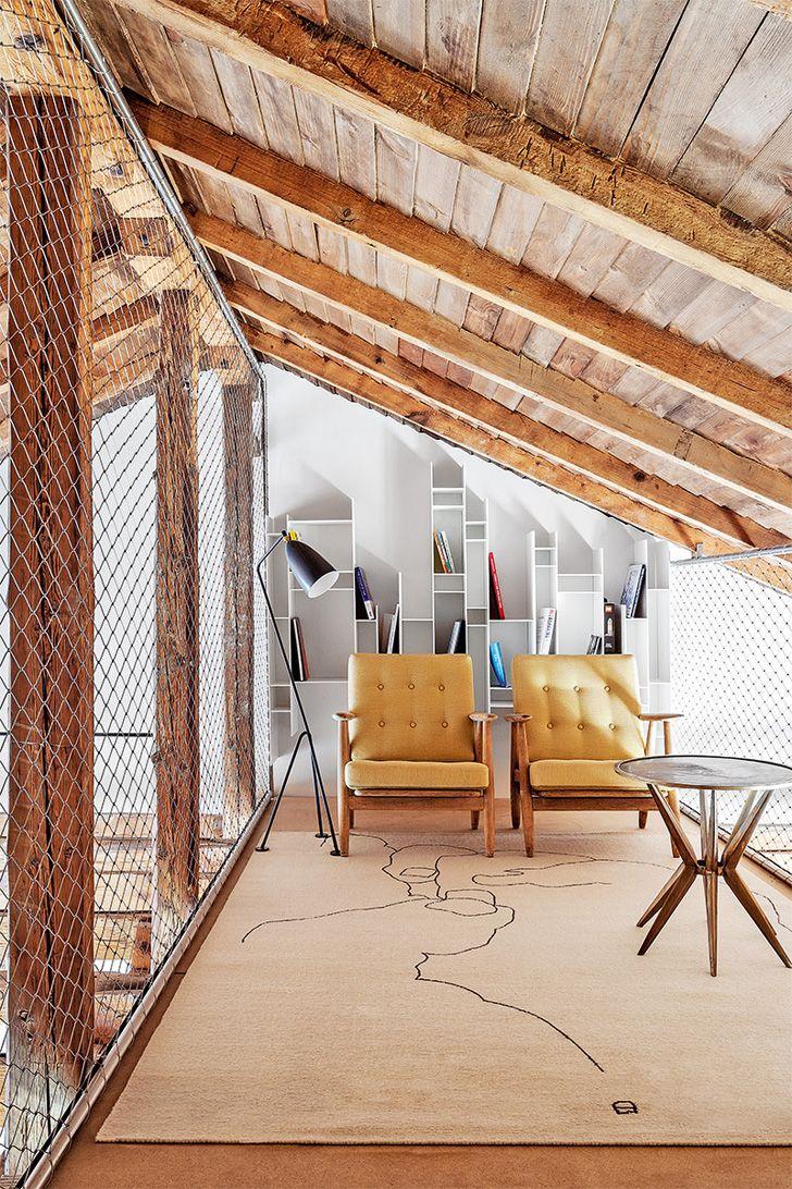 Birou la mansardă transformat în apartament Jurnal de design interior