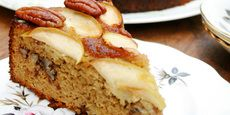 Favourite #glutenfree #dairyfree Almond, Apple and Pecan Cake from UnimedLiving.