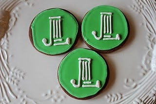 The sustainer in me loves these Junior League logo cookies!