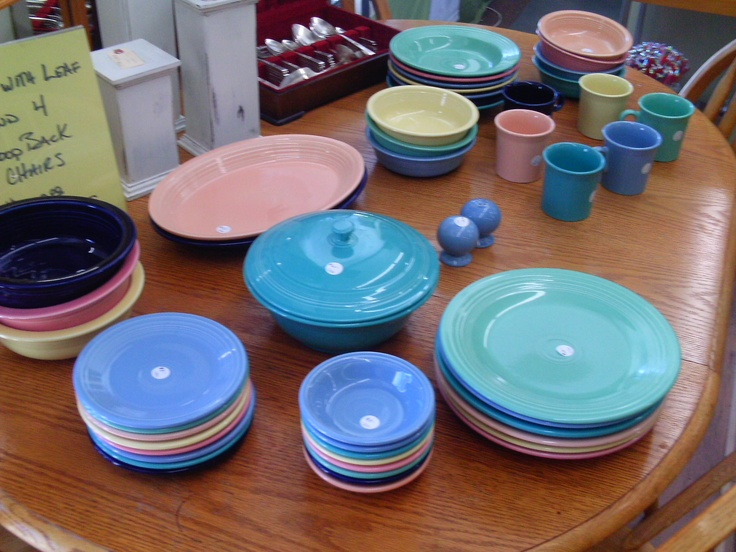 love the colours we got over 50 pieces of fiesta ware