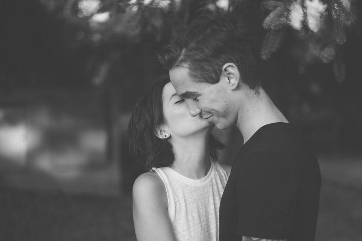 Engagement Shoot at Holton Heath.  Black and white photoraphy. Matt Fox Photography - Blog - Lauren & Rayner