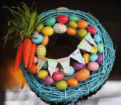 Love the bright colors!: Families Holidays, Front Doors, Projects Ideas, Easter Wreaths, Easter Eggs, Spring Wreaths, Wreaths Ideas, Robins Eggs Blue, Easter Ideas