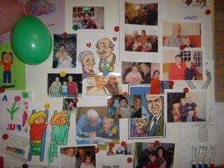 Klasversiering - Laat de kleuters een foto meebrengen van hun grootouders en…