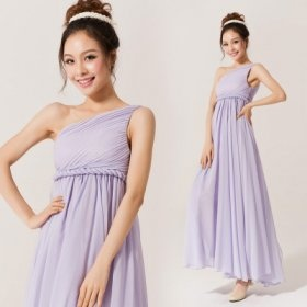 The bridesmaid's gown evening dress long funds single shoulder bride stomacher proposes a toast the clothing fashionable snow to spin the slanting shoulder wedding dress       $73.55