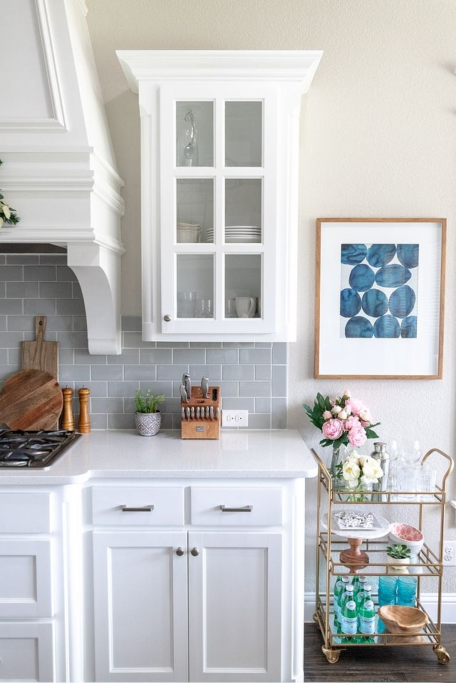 Beautiful Homes Of Instagram Transforming A House Into A Home Home Bunch Interior Des Corner Fireplace Living Room Kitchen Cabinet Design Farmhouse Interior