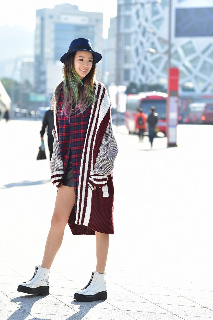 Street style: Irene Kim at Seoul Fashion Week Spring 2015 shot by Baek Seung Won. #streetstyle