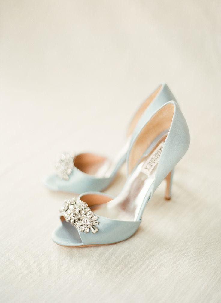 Badgley Mischka Tiffany Blue Wedding Shoes | photography by lindsaymadden