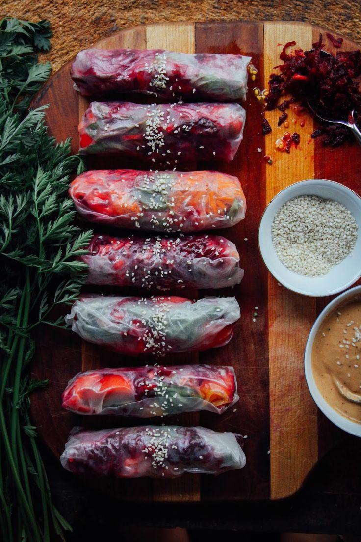 This Rawsome Vegan Life: SUMMER ROLLS w/ GARDEN VEGGIES, BASIL + TAHINI CHILI SAUCE: